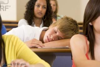 3 Vitamin Yang Bantu Pelajar Kekal Fokus Dalam Kelas