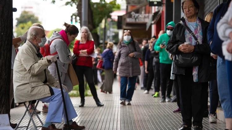 La Ciudad implementará un permiso de circulación para adultos mayores