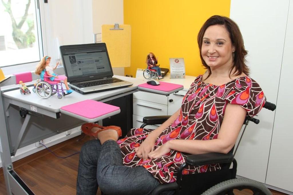 Trabalho em casa para deficientes: Saiba como ganhar dinheiro em casa sendo assistente virtual
