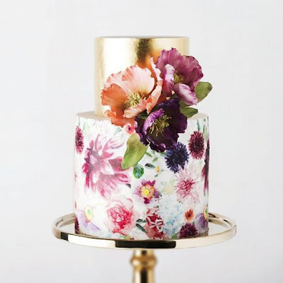 K'Mich Weddings - wedding planning - wedding cake ideas - water color flowers with metalic - instagram