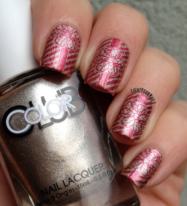 Wrapping Paperchristmas Gifts Nail Art Light Your Nails
