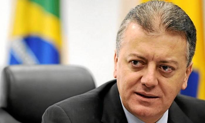 Ex-presidente da Petrobras e do BB é preso