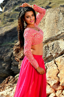 Jyoti Sethi in beautiful Red Choli Deep neck Cleavages huge Set of desi tits wow and Red Ghagra Spicy Dance