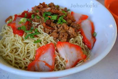 Kuching-Sarawak-Kolo-Mee-Noodles