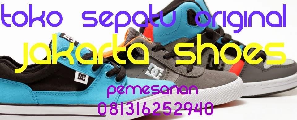 Menjual Sepatu Ori Murah dan Bergaransi  Sepatu Nike Shox Original ... 589bf9c521