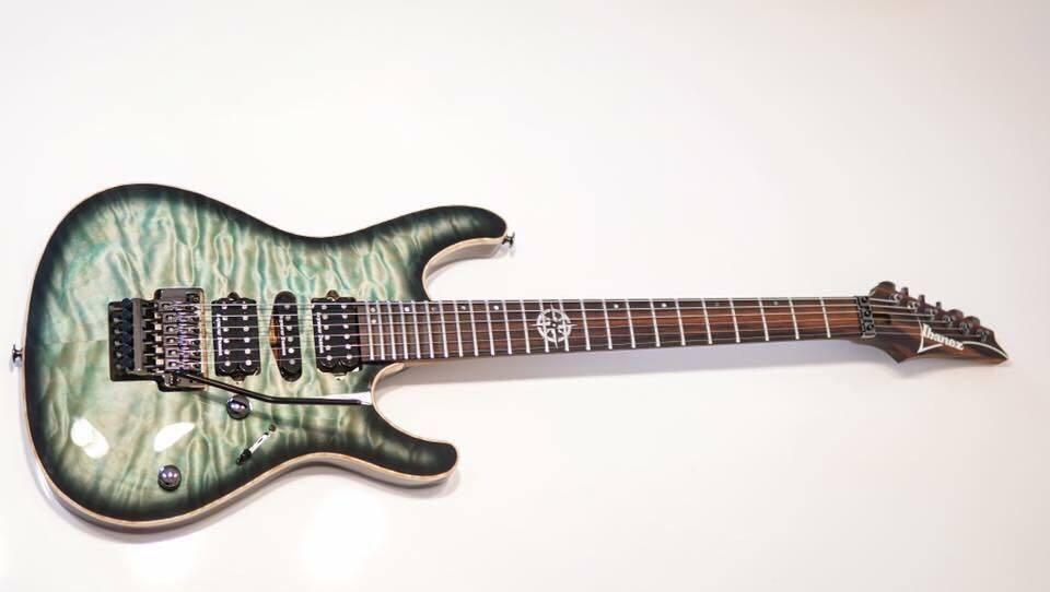 kiko loureiro stolen ibanez guitars lacs kiko guitar serial number la0283. Black Bedroom Furniture Sets. Home Design Ideas