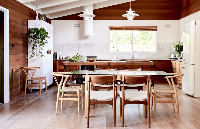 Lambriuri din lemn de cedru într-o frumoasă casă din Australia
