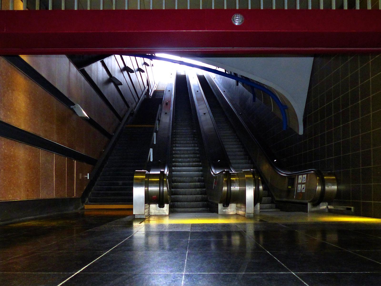 Métro Mercure, Tourcoing - Escalators