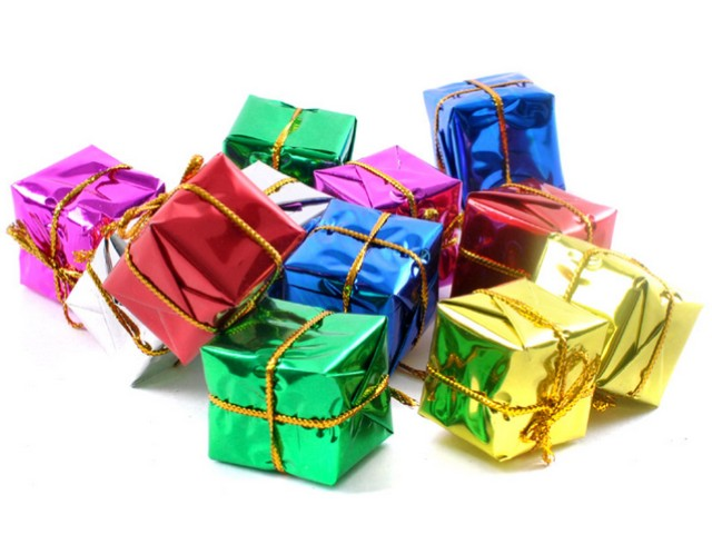 Square Shaped Christmas Gift Design Ideas Nomon Design Ideas