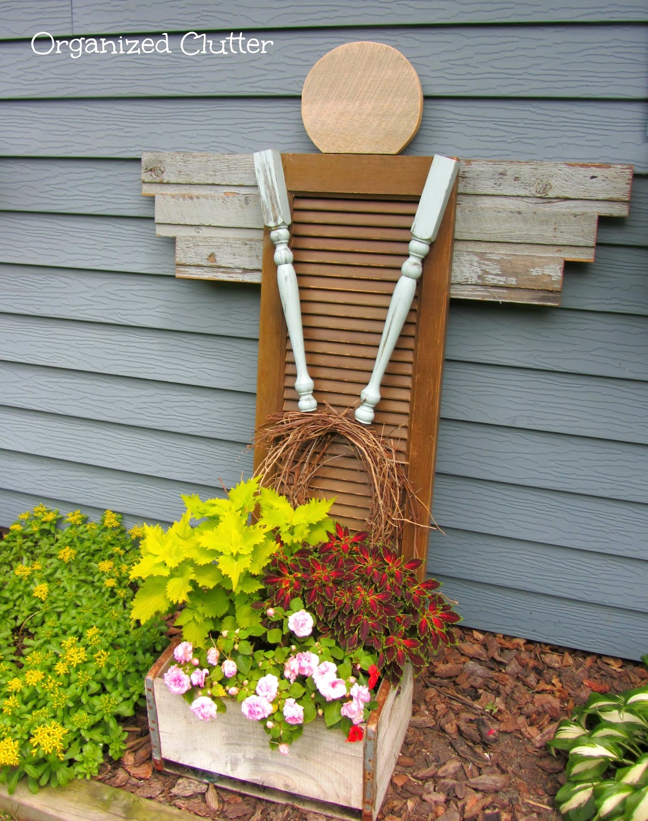 Outdoor This & That 19: Wheelbarrow Container Gardens ...