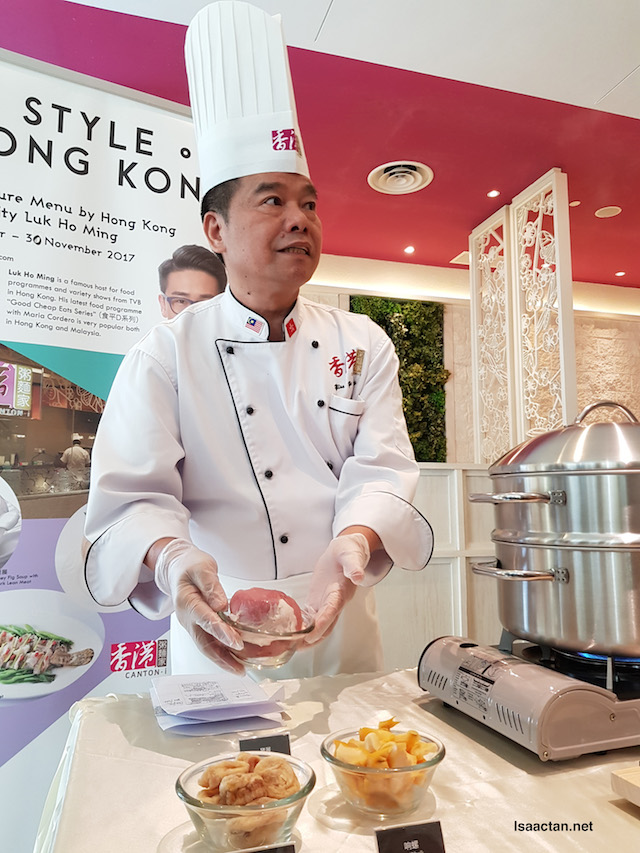 Chef with the finest imported ingredients meticulously chosen to offer a true taste of Hong Kong.
