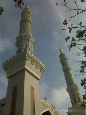 menara grc masjid