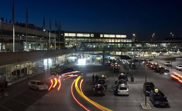 Carro do aeroporto de Linate até o centro turístico de Milão