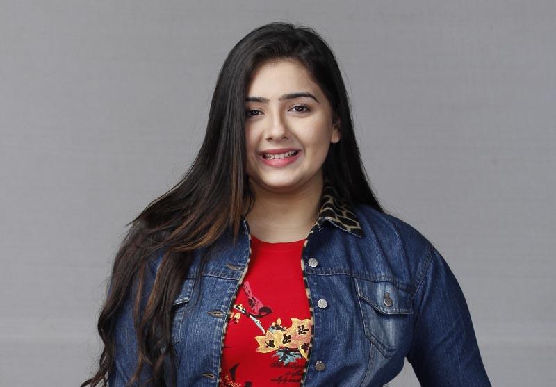राशि बावा आका सुनीता शो जीजाजी छत पर हैं में