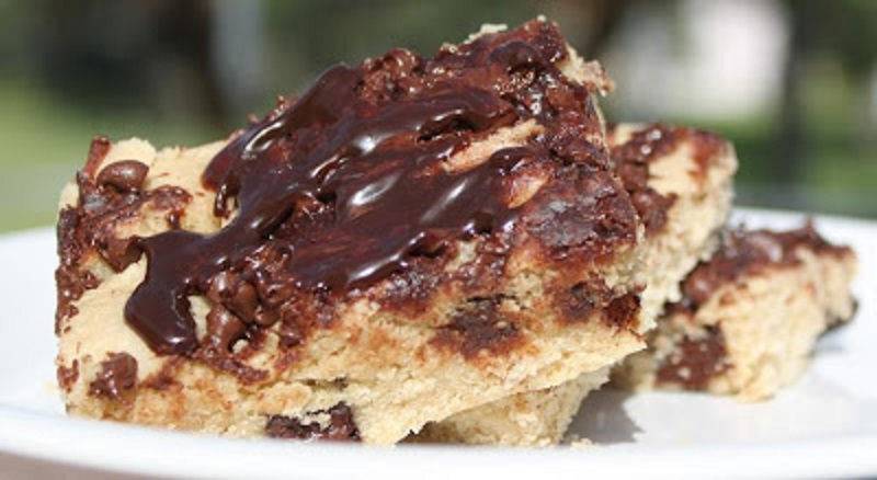a chocolate chip bar cookie!