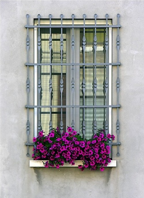 Janelas com Floreiras - Windows Boxes Flowers