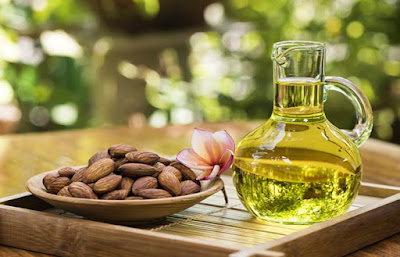 Almond-Oil-For-Healthy-Stronger-Thicker-Beautiful-Nails-Food-What-to-Eat