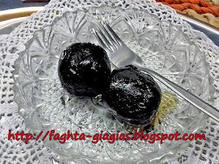 Καρυδάκι γλυκό του κουταλιού - από «Τα φαγητά της γιαγιάς»