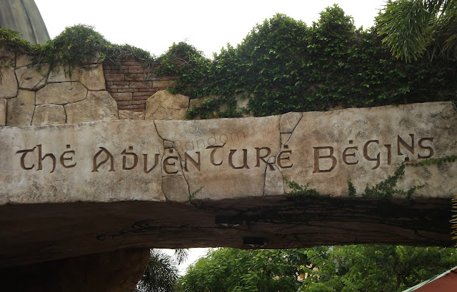 island of Adventures Sign