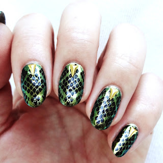 Chrome Cobra Nail Art