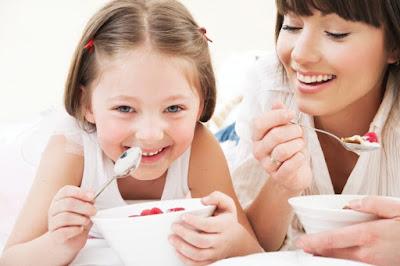 El yogurt es algo que todos podemos disfrutar juntos