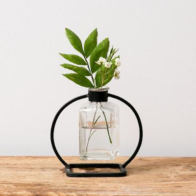 Magnolia Bunsen vases