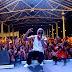 Gregory lança clipe em show para 8 mil pessoas