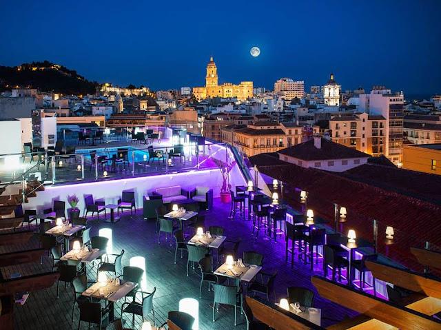 salles-hotel-malaga-rooftop-bar-malagatrips