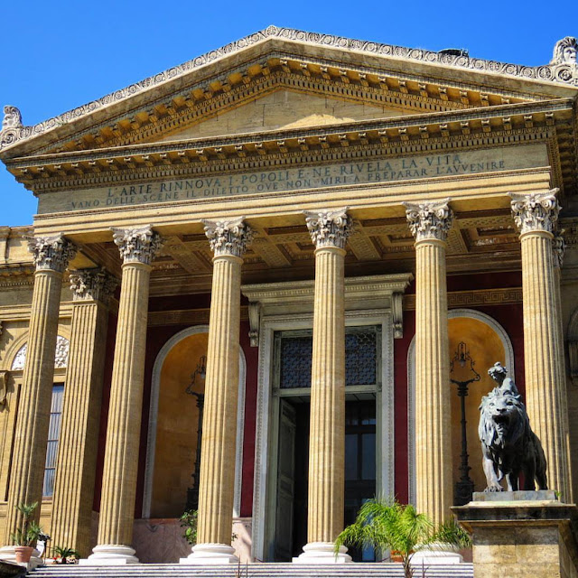 Road trip in Sicily - Teatro Massimo (Opera House)