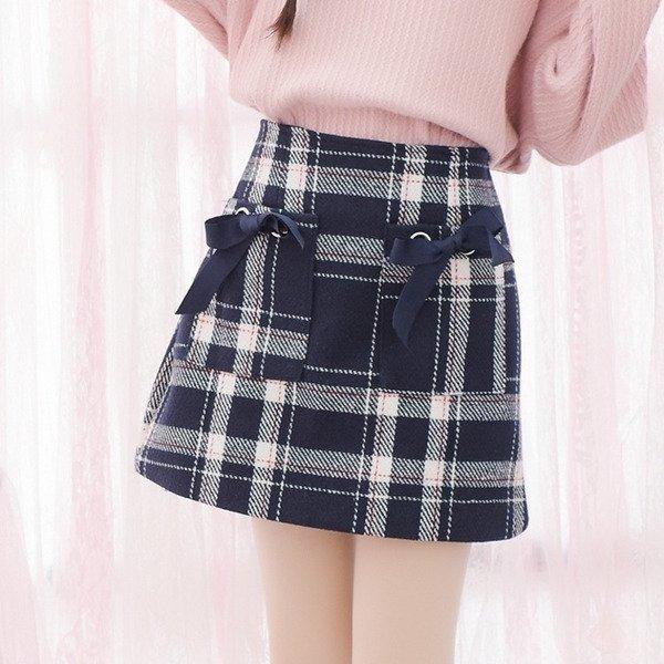 Gợi ý các kiểu chân váy caro không thể thiếu trong mùa hè năm nay