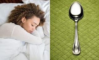 Τι να κάνετε με το… κουτάλι για να δείτε αν σας λείπει ύπνος! [video]