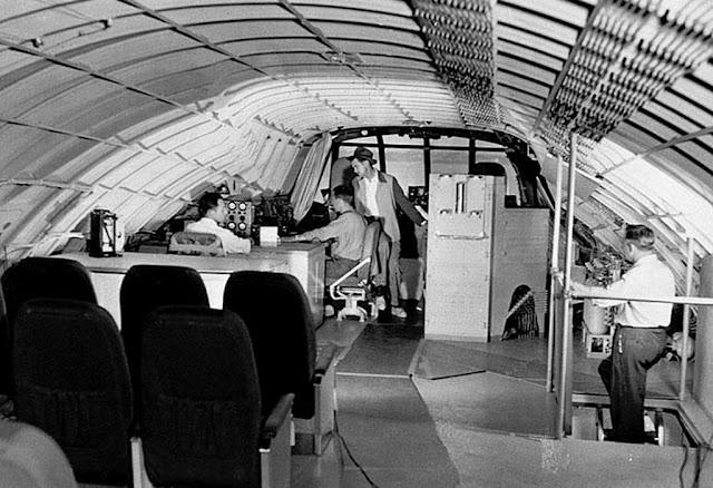 Howard Hughes en su avión