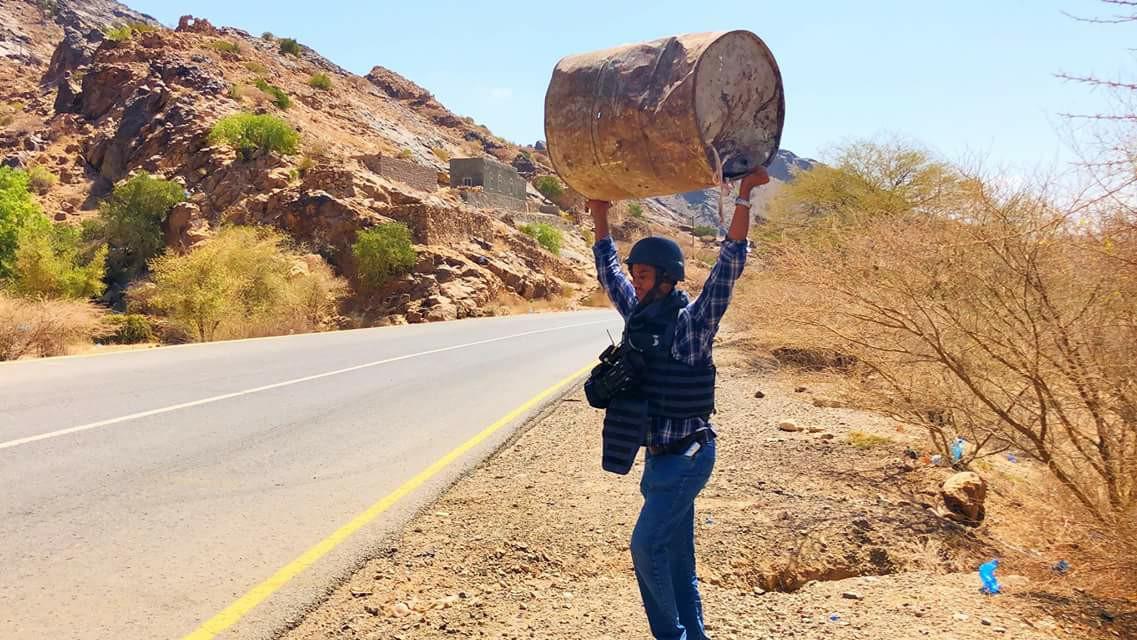 طاقم قناة العربية في اليمن يعلن الإنفصال شاهد بالصور