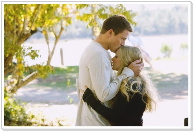 8 علامات تثبت أن رجلك يحبك حقا