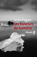 http://lachroniquedespassions.blogspot.fr/2017/08/les-buveurs-de-lumiere-de-jenni-fagan.html