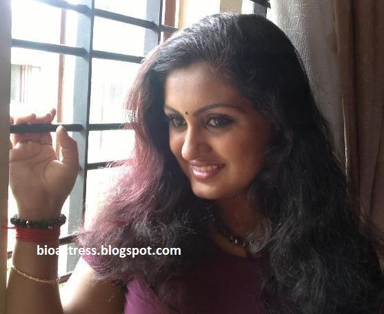 Malayalam Mallu Sini Varghese Hot Photos