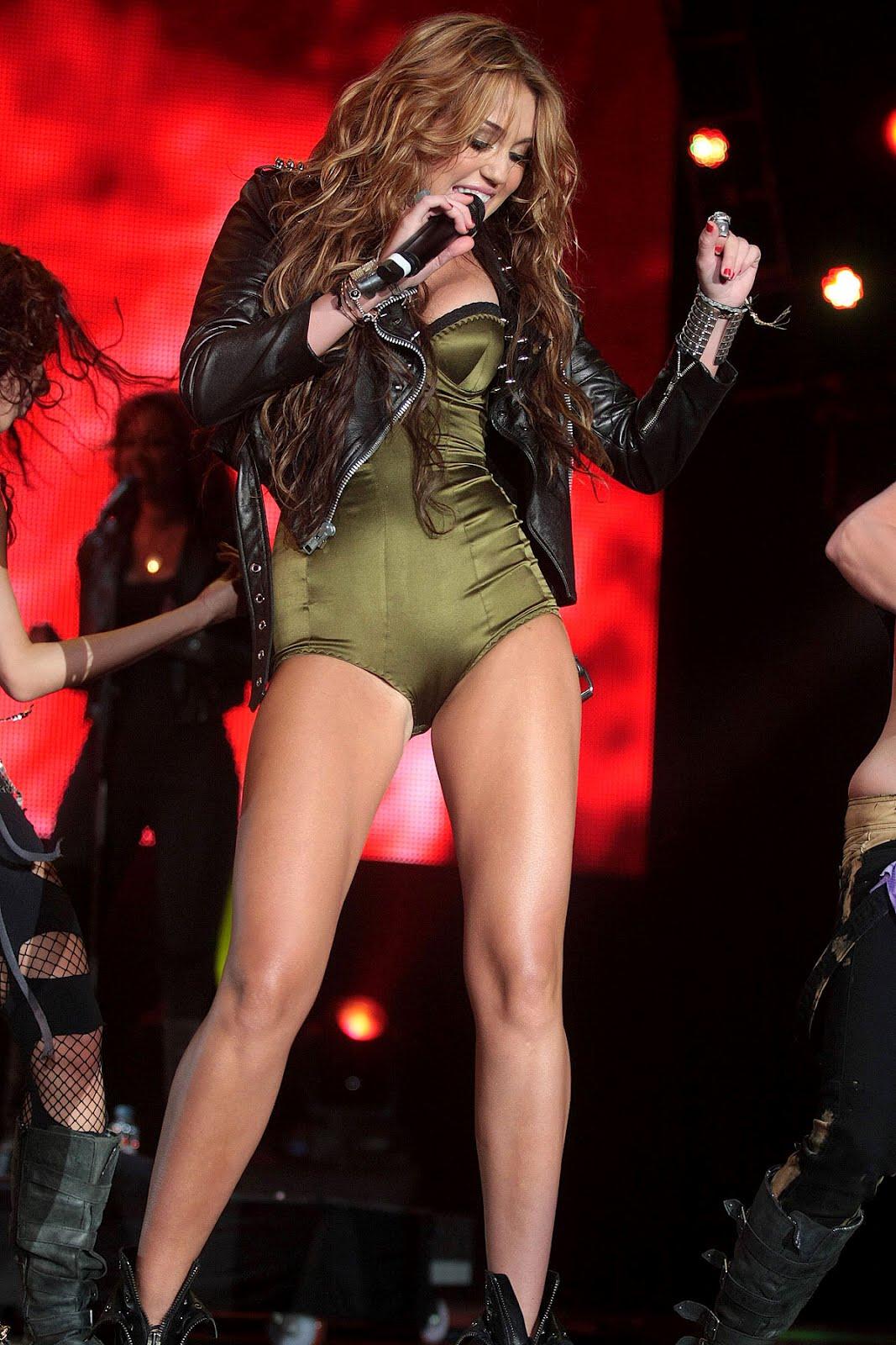 Miley Cyrus - Galeria 2 Foto 1