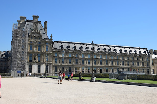 Paryż w pigułce #3 - Musée du Louvre - zdjęcie 1 - Francuski przy kawie
