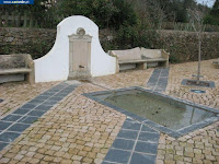 https://castvide.blogspot.pt/2018/03/photos-fountain-fonte-de-vale-de-serrao.html