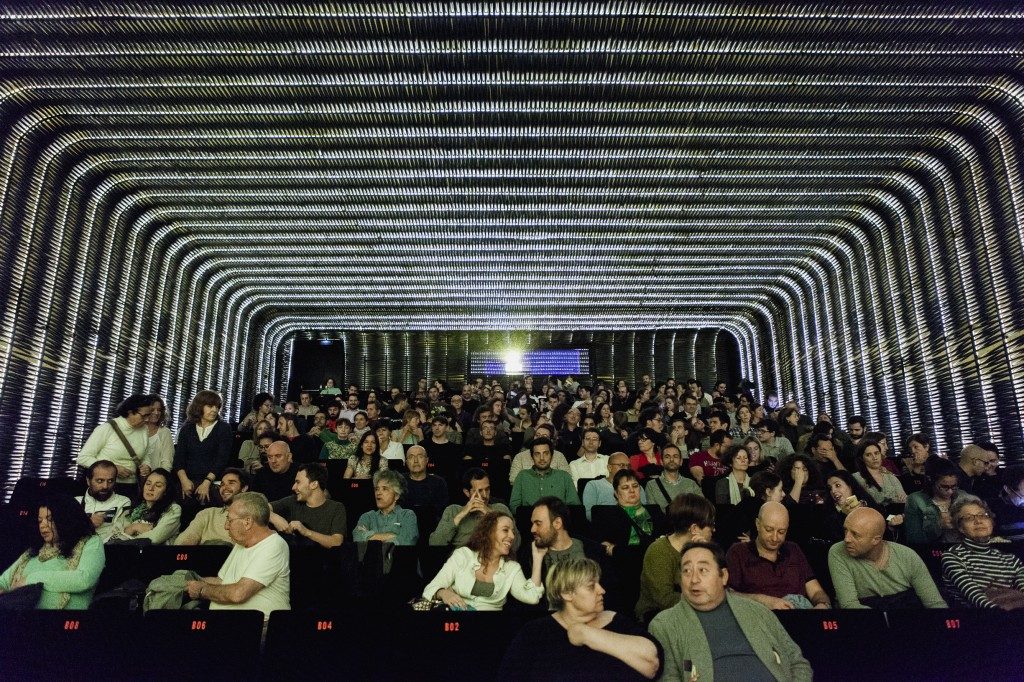 CORREOS FILM FESTIVAL  publico