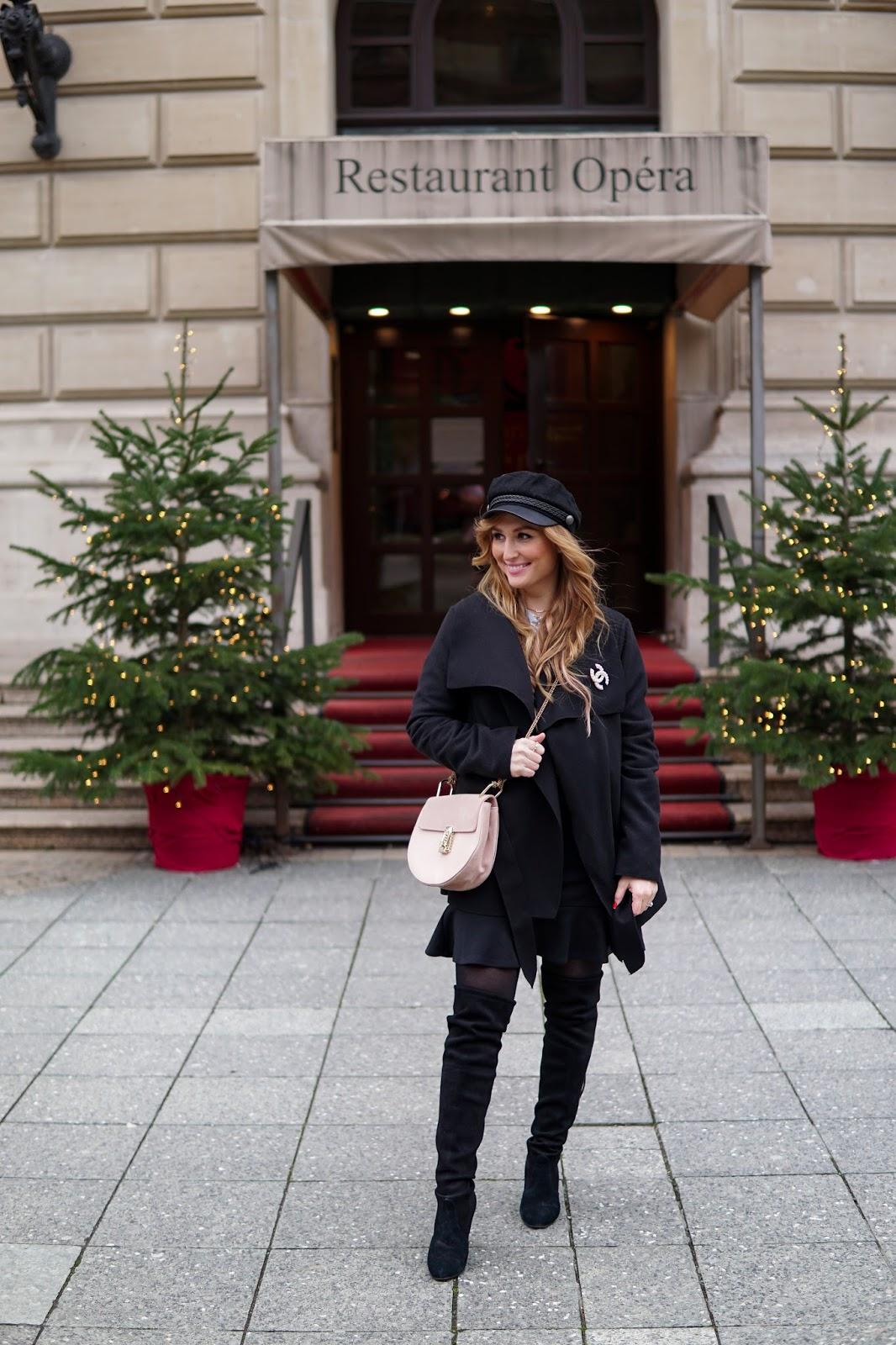 Chanel-brosche-fashionstylebyjohanna-fashionblog-frankfurt-blogger-fashionblogger-bloggerdeutschland-lifestyleblog-modeblog-frankfurt-germanblogger-styleblog-SCHIFFER-MÜTZE-streetwear-chic
