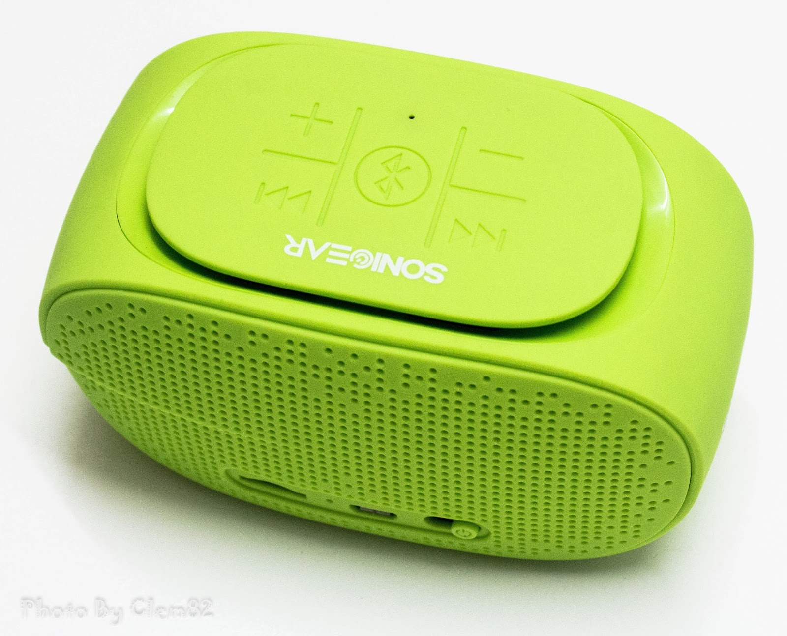 Opening Pandora's Box: SonicGear Pandora Wireless Bluetooth Media Player Series 8