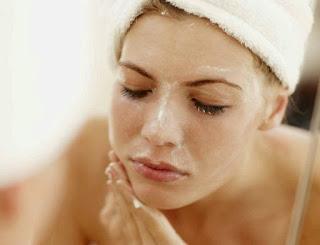 PERAWATAN KULIT SENSITIF 7 Tahapan Perawatan Sehari-hari untuk Kulit Sensitif