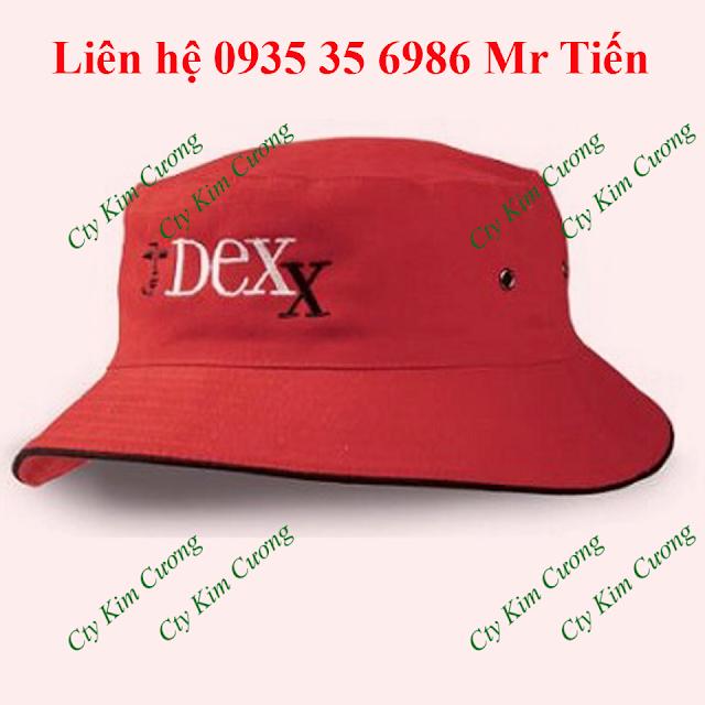Đơn vị tư vấn và thiết kế may mũ nón tai bèo cho khách hàng làm quà tặng