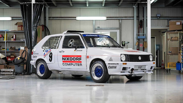 Volkswagen restored its two-engine Golf GTI that competed in Pikes Peak in 1987