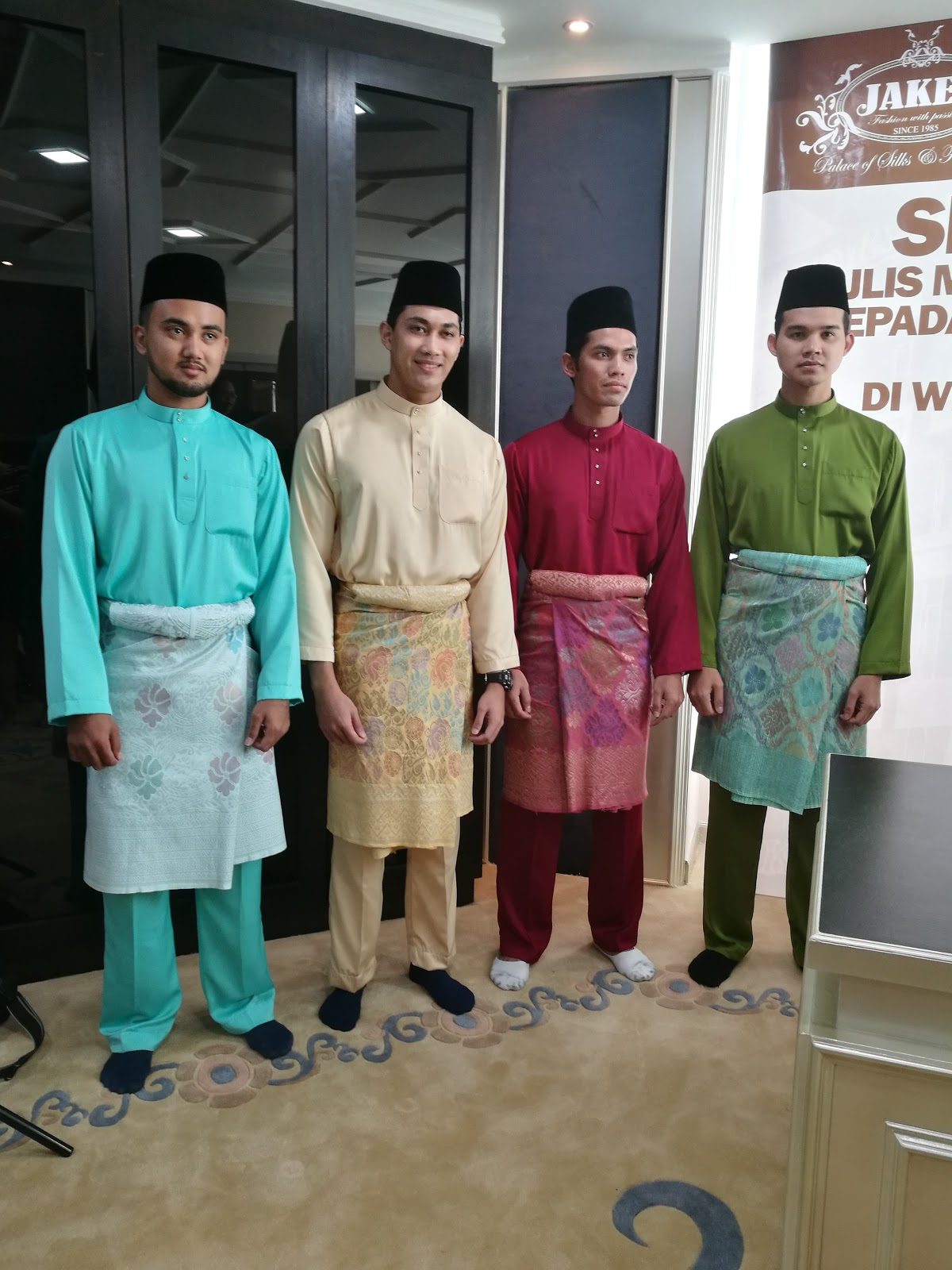 YB Dato' Hj Ikmal Hisham Abd Aziz Contribute 60,000 pcs of Jakel Baju Raya 2