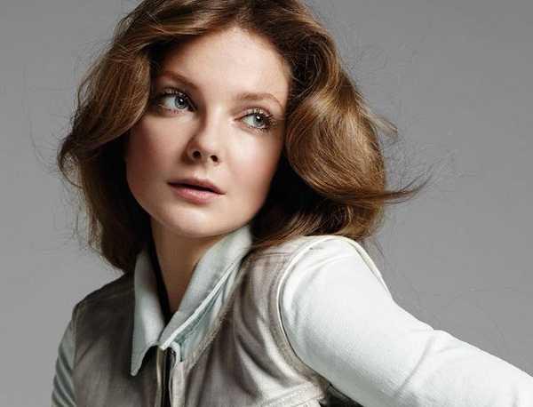 Profil Eniko Mihalik Model Cantik Hungaria Beserta Foto Terbaru