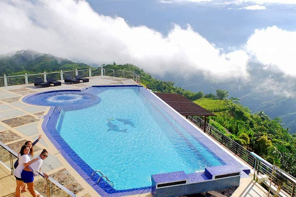 Relax and enjoy at pinetree mountain resort in gaas for Pool garden mountain resort argao