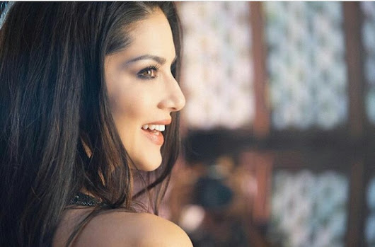 Sunny Leone's latest photo will set the Internet on fire!