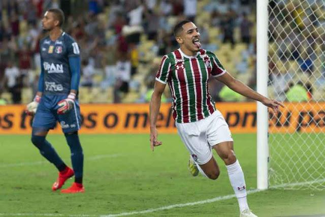 17cbd923f6698 Casinhas Agreste  Santa Cruz é dominado pelo Fluminense